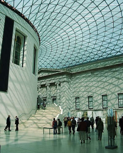Visit British Museum in London and study English with our language programme for adults